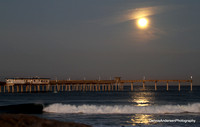SUPERMOON SETTING OVER OB PIER 10-27-15